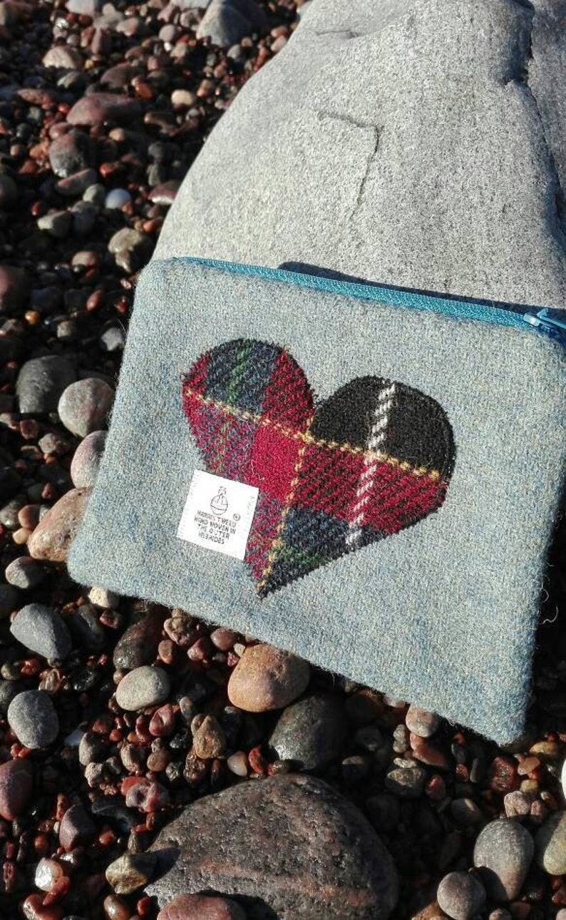 Harris Tweed pouch with Tartan  Harris Tweed heart