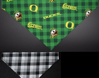 Oregon Ducks Pet No-Tie Dog Bandana Over the Collar Kerchief
