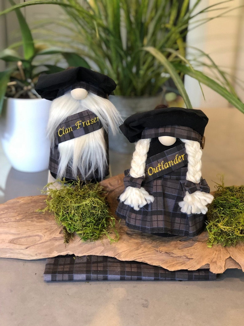 Outlander fan gift, Clan Fraser Hunting tartan, Scottish inspired Nordic  style Christmas Gnome with handmade kilt and tam! Personalize!