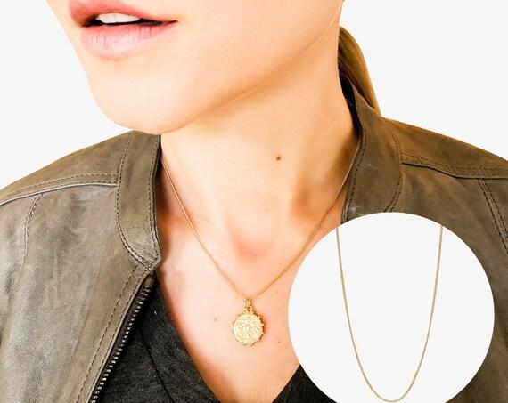 Mercedes Necklace. Adjustable Length. 14K Solid Gold.