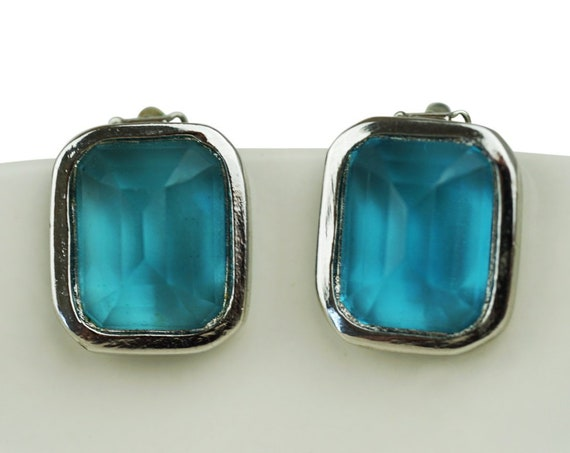 Vintage Les Bernard Suzie Earrings. Blue Rhinestones and Silver Plating.