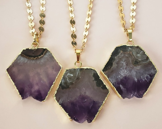 Marisol Pendant. Amethyst and Gold Plating.