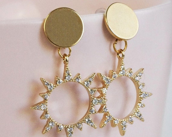 Mara Earrings. Gold Plated Brass