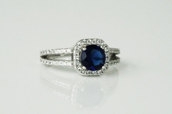 Maggie Classic Ring. Size 7. Sterling Silver and Cubic Zirconia.