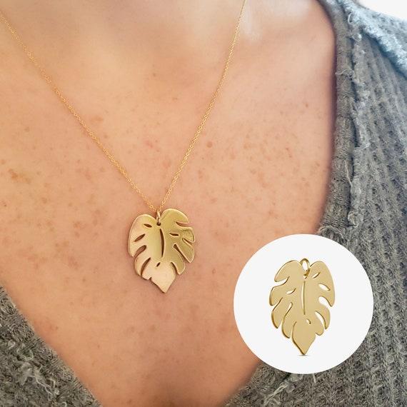 Slide-On Giovanna Leaf Pendant. Gold Plated Brass.
