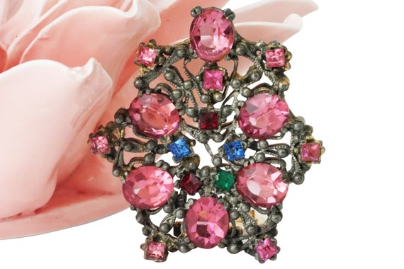 Vintage Gail Clip. Rhinestone and Metal.