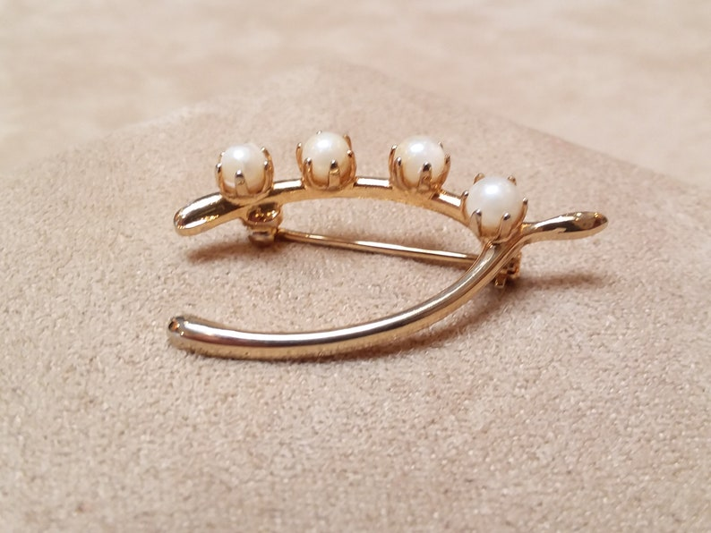 unique gift collectible jewelry vintage gold pearl WISHBONE shaped PIN BROOCH