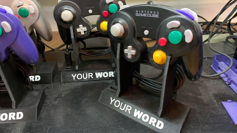 Gamecube Controller Stand image 0