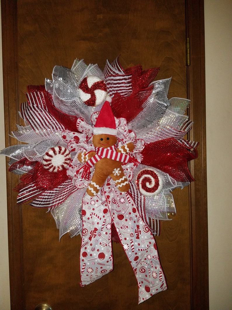 Gingerbread Red and White Christmas Wreath
