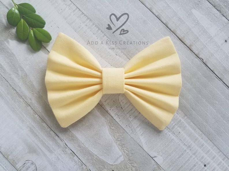 Girls Bow with Clip Womans Ponytail Holder Toddler Hair Bow made with Cotton Fabric Baby Skinny Nylon Headband Bow Peach Hair Bow