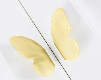 Brass Butterfly Cabinet Pulls, Cabinet Knobs for homes, offices, cafes, restaurants etc.