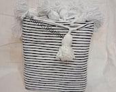 Free shipping Wedding blanket, selling Beautiful Moroccan Blanket,Moroccan Hand Pom Pom blanket, bohemian blanket, cotton blanket,bedspread