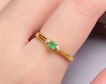 Natural Emerald Ring, Women Emerald Ring, Colombia Raw Green Gemstone Ring, May Birthstone Ring, Dainty Ring, Anniversary Ring, Gift for Her