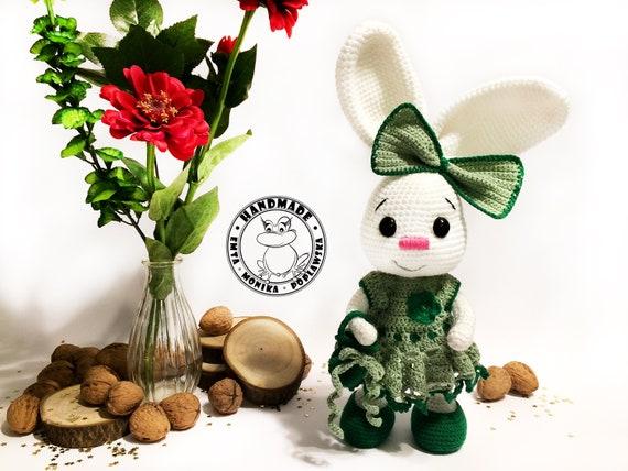 Pretty Bunny Amigurumi in Dress - Free Crochet Pattern (Crochet ... | 428x570