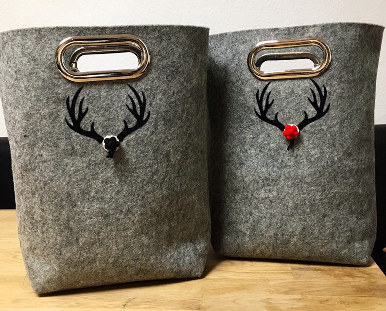 Bag with deer antler