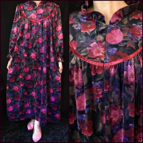 Vintage Floral Velvet Texture Housecoat