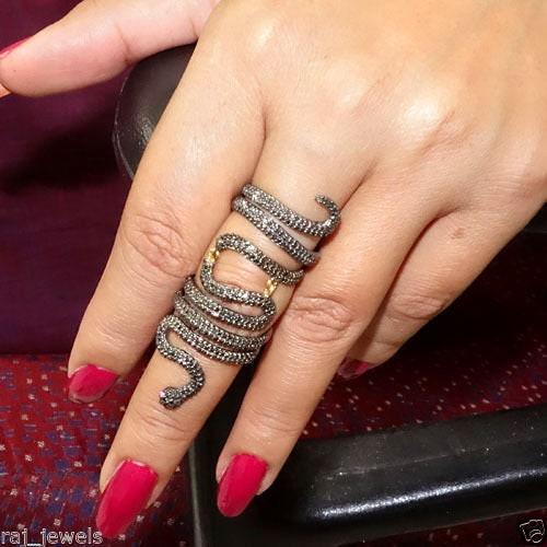 Anneau de diamant en forme de serpent. à en argent sterling 925 pavé de diamants bagues à serpent. la main. Bagues taille 52 x 21 MM bijoux cadeaux de Noël 07f7f3