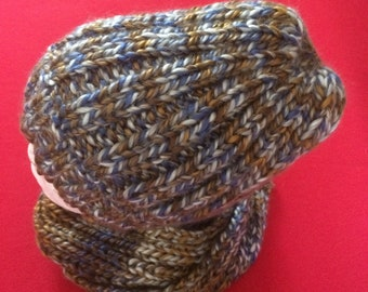 a38873ef778 A beautiful handmade knitted winter set - Hat