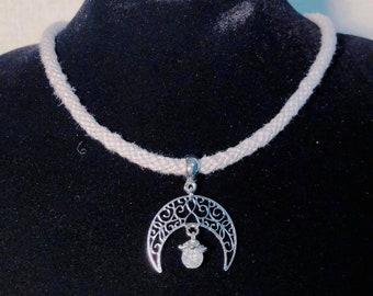 Elven Moon kumihimo necklace with crackle quartz (white or silver grey)