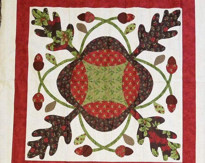 Oak Leaves and Reel Panel, Christmas Fabric Panel, Quilt Panel