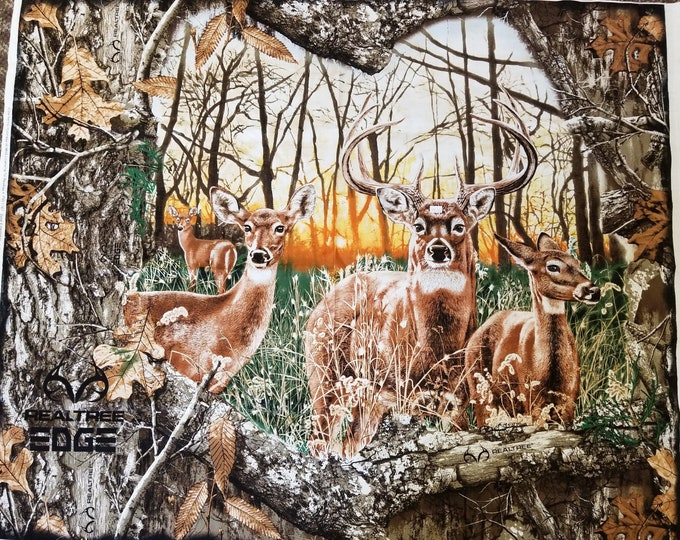 Realtree Outdoors Wildlife Cotton Fabric Panel, Quilt Panel