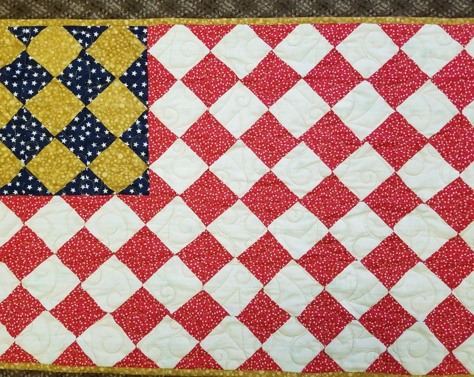 "American Flag Handmade Quilt, Homemade Patriotic US Flag Fabric Quilt, 35"" x 23"","