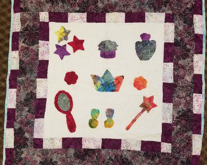 "Princess Quilt, Raw Edge Applique, 35"" x 35"", #1"