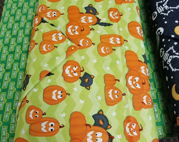 Glow In The Dark Halloween Quilt Fabric,  Smiling Pumpkins Glow In The Dark Fabric
