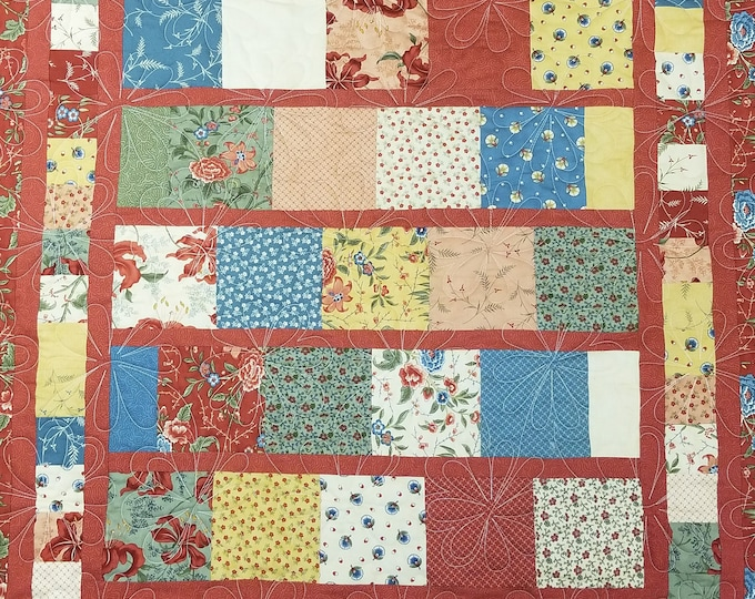 "Handmade Quilt, Homemade Quilt, Flower Quilt, Lap Quilt, Wall Hanging, Throw, 43"" x 39"""
