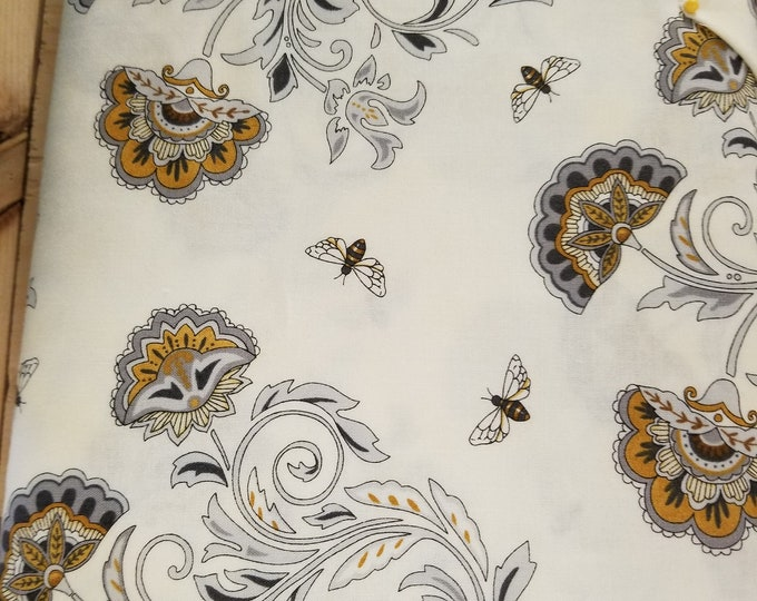 Bees & Flowers Quilt Fabric, Honey Bee Hive Fabric