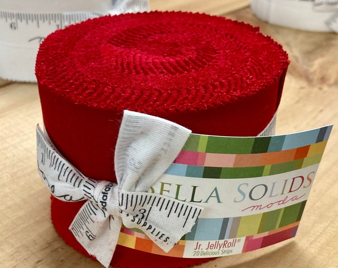 """Bella Solids Junior Jelly Roll--Red, 20 2.5"""" Strips Solid Red"""