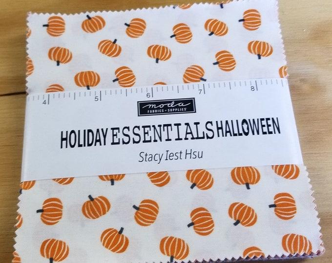 Holiday Halloween Essentials Charm Pack,   Halloween Pumpkin Fabric Charm Pack
