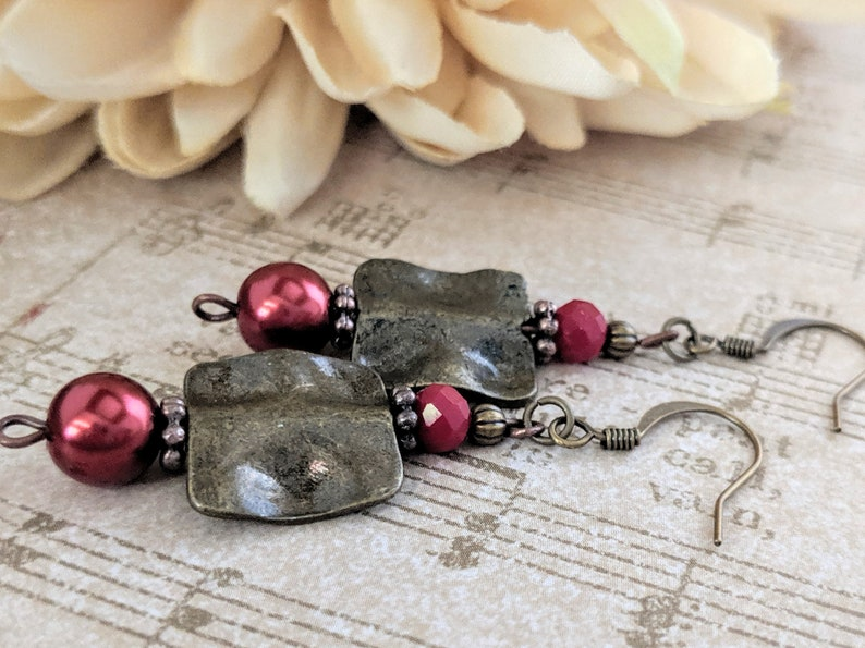Wedding Earrings Bridesmaids Jewelry Mom Birthday Gift Jewelry Dark Red Pearl Earrings Boho Dangle Clip On 7th Anniversary Gift for Wife