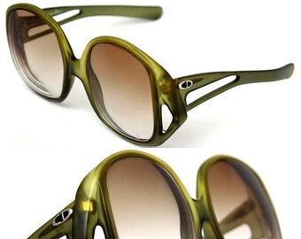 aeb421fbad67 CHRISTIAN DIOR Ladies Vintage Glasses   Sunglasses