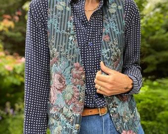 Vintage 1990s Romantic Floral Tapestry Vest, Size S