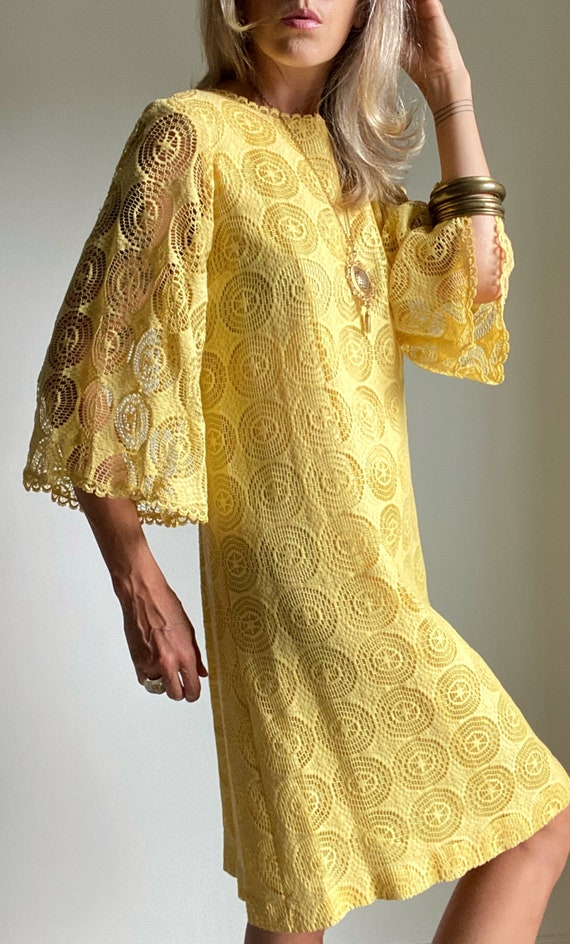 1960s Mod Sunshine Lace Shift Dress with Bell Slee