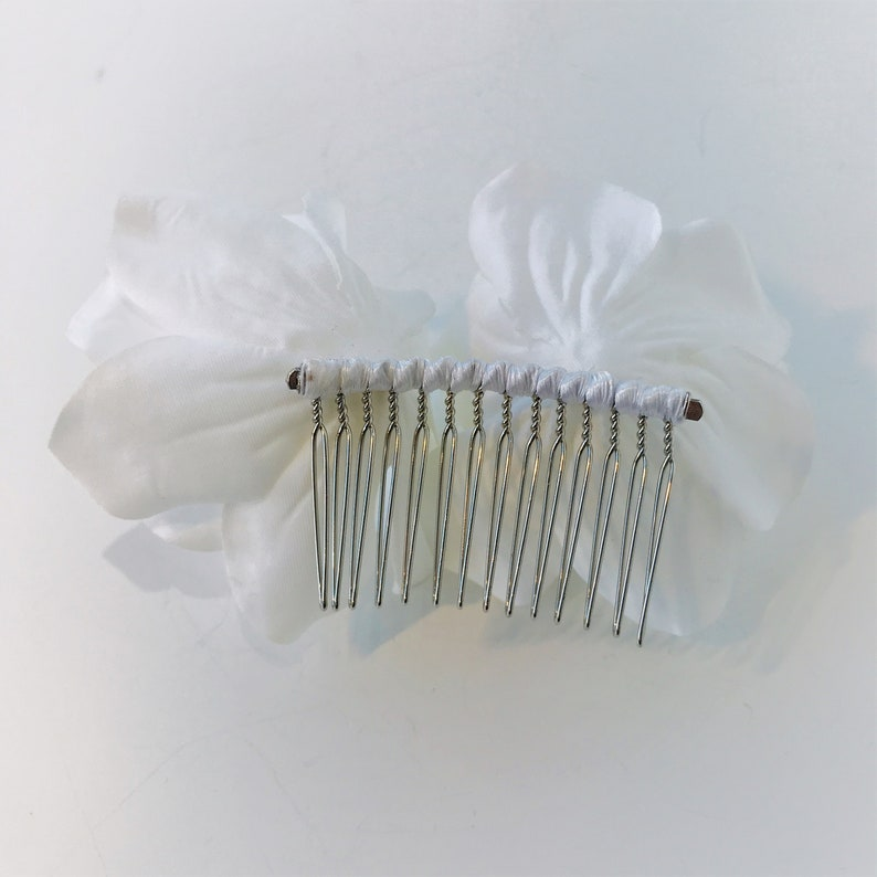 Bridal Headpiece Bridal Hair Jewelry Floral Hair Comb Bridal Hair Comb Wedding Hair Comb Women Floral Hair Piece Rose Hair Comb White