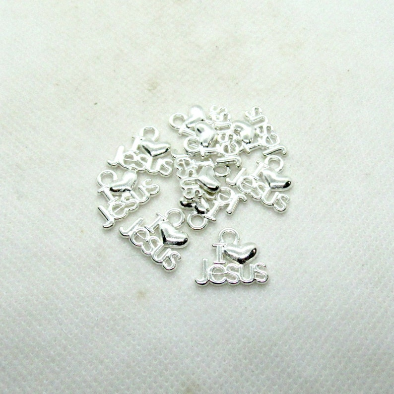10 Silver Plated Metal Alloy I Love Jesus Charms 16 x 13mm B111r