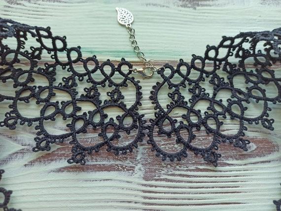 Vintage Black lace tatting collar Detachable lace… - image 2