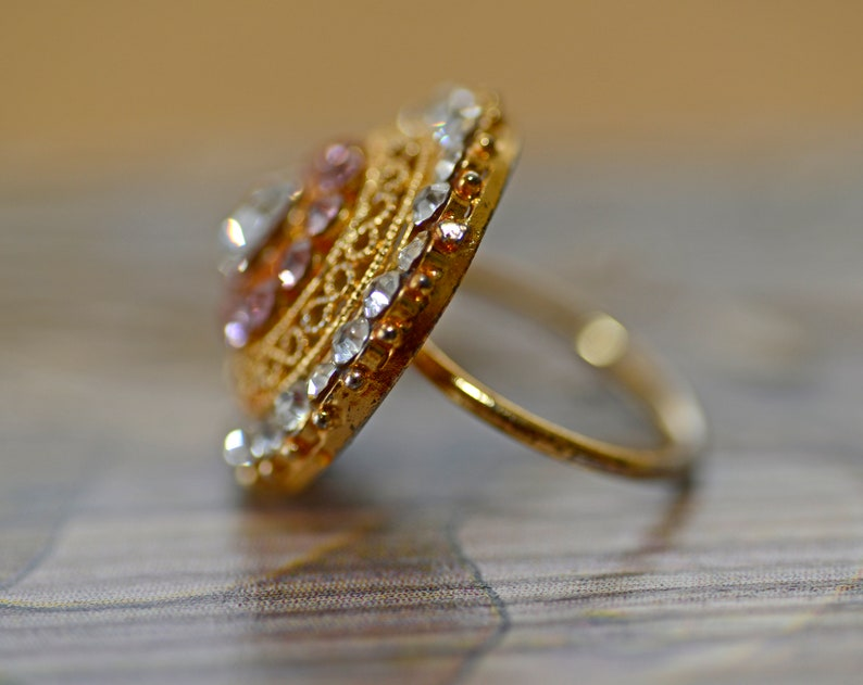 Vintage Openwork ring with crystals Gold Tone Pink and white Rhinestones Ring Large \u041aound \u0421rystal Ring Size 7