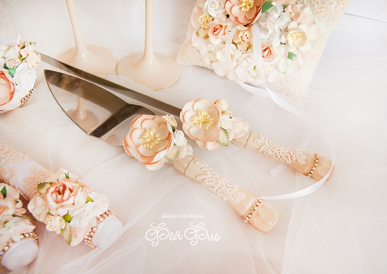 Verres de champagne caramel Classiques flûtes grillées Serveurs gâteau aux amandes - couteaux mis lunettes Blush pour le mariage Pour couple Ensemble de 4 pièces