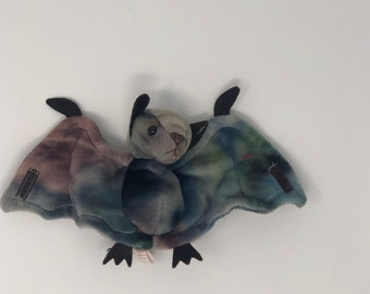 59abdb984bb TY Beanie Baby - BATTY the Bat (TY-Dyed Version)