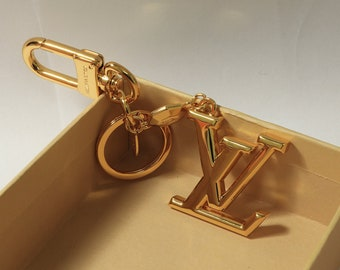 e0057750d fashion key chain bag charm and key holder