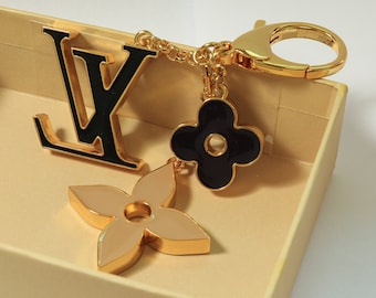 eac75782243c fashion key chain bag charm and key holder