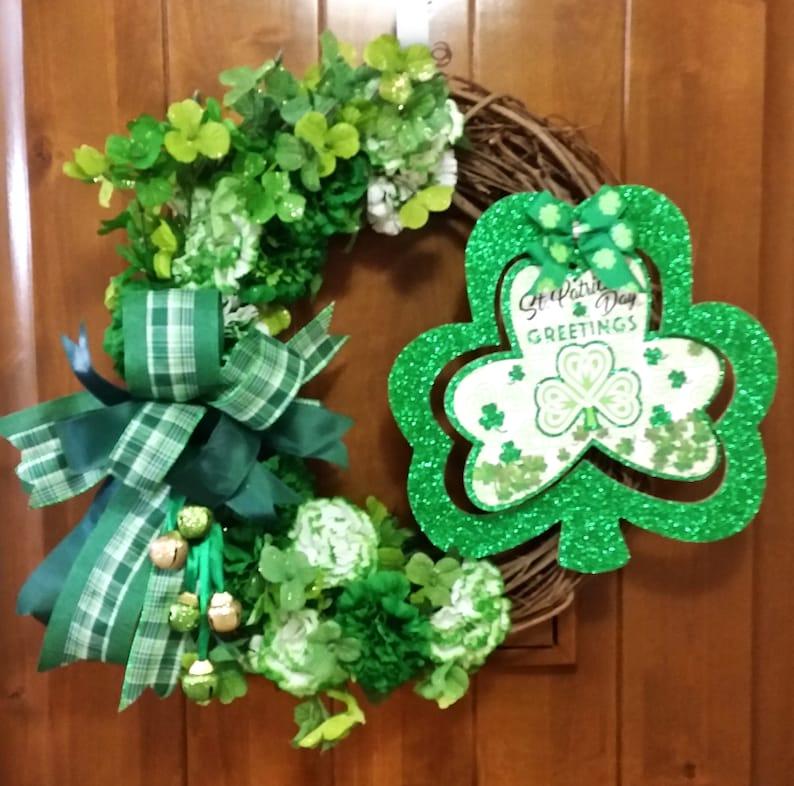 Grapevine Wreath St Patricks Wreath Door Decor Happy St Patricks Shamrock Wreath Shamrock Decor Four Leaf Clover Saint Patricks Day