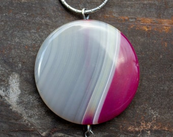 White & Pink Agate Pendant Necklace