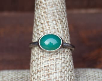 Small Oval Chrysoprase Ring