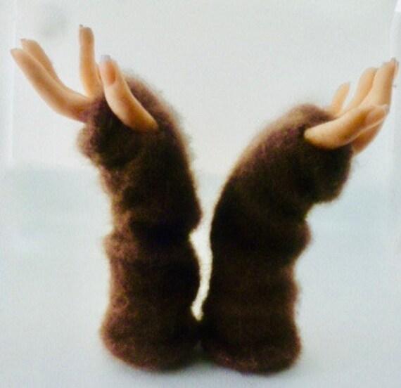 Hand sewn elastic casings fingerless gloves Alaska muskoxen fiber #6  Arctic Plush* 6 inches  Free us shipping   #6 Rusty Brown fleece