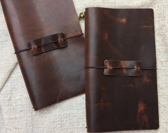 Regular or standard size traveler's notebook antique brown with insert and penholder