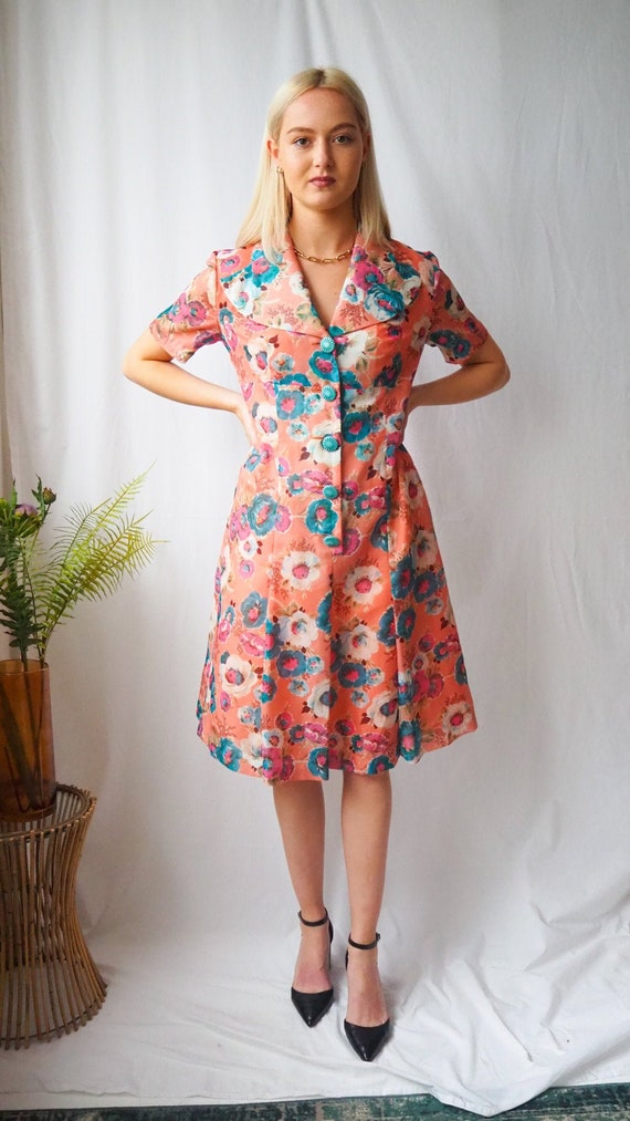 Vintage 1970's pink floral button up dress